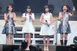 アンジュルムが新メンバーの太田遥香(中央左)、伊勢鈴蘭(中央右)を初お披露目