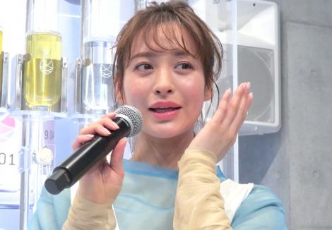 サムネイル 美の秘訣を明かした野崎萌香 (C)ORICON NewS inc.