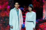 生田斗真と吉岡里帆が、平成を短歌で振り返り、各地を旅する。NHK・BSプレミアムの大型シリーズ『平成万葉集』4月17日から3週連続、水曜放送(C)NHK