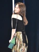 TGC「1st FASHION SHOW STAGE」に登場した乃木坂46・白石麻衣 (C)ORICON NewS inc.