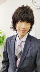 YouTube『小山内三兄弟チャンネル』で配信される『働かないの?唯一兄ちゃん』に出演する黒羽麻璃央(C)日本テレビ