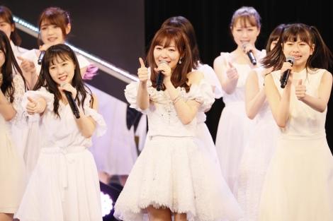 指原莉乃のHKT48卒業公演は異例のダブルアンコールで締めくくられた (C)AKS