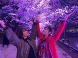 2ショット写真を公開した平祐奈(左)と福原遥 (福原遥公式ブログより)
