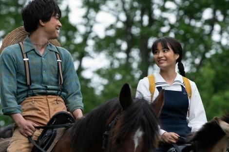 小学校の同級生・山田天陽(吉沢亮)、なつ(広瀬すず) =連続テレビ小説『なつぞら』第3週「なつよ、これが青春だ」より(C)NHK