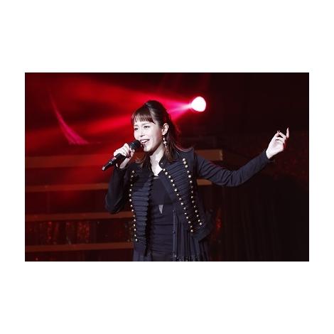初開催された『声優紅白歌合戦』に出演した平野綾 (C)2018 「声優紅白歌合戦」実行委員会