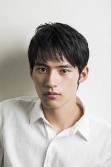 『博多弁の女の子はかわいいと思いませんか?』でドラマ初主演を務める岡田健史