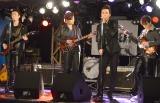 バンド生演奏を披露した(左から)辰巳雄大、加藤和樹、戸塚祥太、JUON (C)ORICON NewS inc.