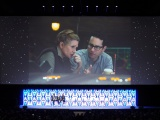 キャリー・フィッシャーとJ.J.エイブラム監督=『スター・ウォーズ セレブレーション・シカゴ2019』で開催された『スター・ウォーズ/エピソード9』のステージイベントの模様 (C)ORICON NewS inc.