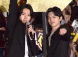映画『キングダム』初日舞台あいさつに登場した(左から)山崎賢人、吉沢亮 (C)ORICON NewS inc.