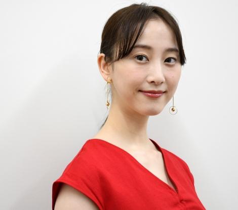 デビュー短編小説集『カモフラージュ』を発売した松井玲奈 (C)ORICON NewS inc.