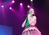 初の単独全国ツアーで熱唱した渡辺美優紀