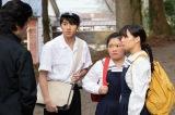 なつ(右・広瀬すず)、良子(中央・富田望生)、雪次郎(左・山田裕貴)はある人物に呼び出される=連続テレビ小説『なつぞら』第4週「なつよ、女優になれ」より(C)NHK