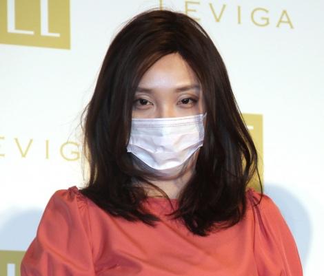 『LEVIGA モイスチュアセラム』のイメージキャラクター就任PRイベントに出席したざわちん (C)ORICON NewS inc.