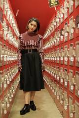 手塚愛乃(E.ギター&コーラス)=ザ・コインロッカーズ1stシングル「憂鬱な空が好きなんだ」(6月19日発売)選抜メンバー