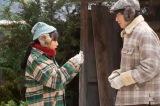 照男(清原翔)は、なつ(広瀬すず)にディズニー映画のチケットを2枚渡す=連続テレビ小説『なつぞら』第6週「なつよ、雪原に愛を叫べ」第32回より(C)NHK