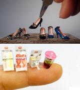 (上)細部まで丁寧に作りこまれた靴ミニチュア。制作・写真/manon(下)開けかけサンドイッチと飲みかけジュース。制作&写真/小さいもの倶楽部
