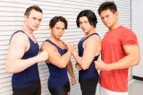 """NHK『みんなで筋肉体操』のコスプレで登場したコスプレチーム""""肉体造形部""""のメンバー 左から、Billyさん、よみめいとさん(小林航太さん)、ウサコさん、kenさん (C)oricon ME inc."""