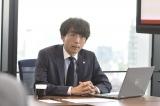 他の企業からヘッドハンティングを受けた太郎(高橋一生)はサラリーマン人生の後半戦を強く意識しはじめ、行動を起こしていく(C)テレビ朝日