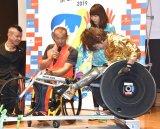 マラソン用の車いすに試乗したはるな愛 (C)ORICON NewS inc.