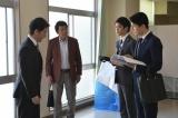 日曜劇場『集団左遷!!』第5話に出演する宮川一朗太、赤井英和、井之脇海、福山雅治(C)TBS