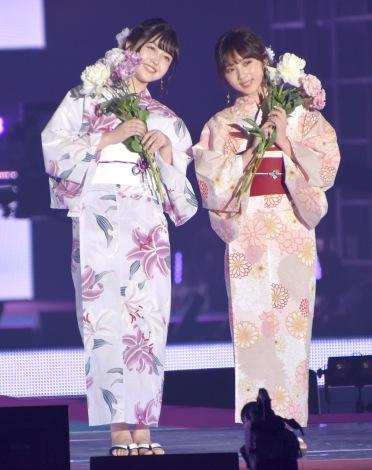 『Rakuten GirlsAward 2019 SPRING/SUMMER』に浴衣姿で登場した乃木坂46(左から)久保史緒里、与田祐希 (C)ORICON NewS inc.