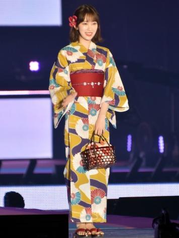 『Rakuten GirlsAward 2019 SPRING/SUMMER』に浴衣姿で登場した乃木坂46・堀未央奈 (C)ORICON NewS inc.