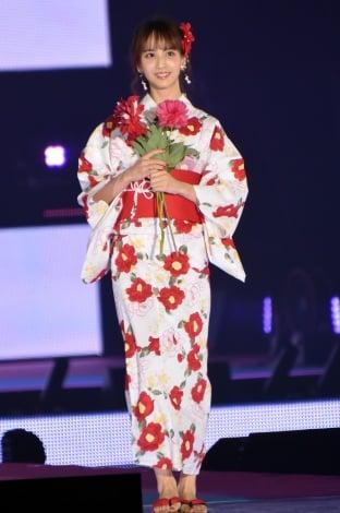 『Rakuten GirlsAward 2019 SPRING/SUMMER』に浴衣姿で登場した乃木坂46・佐藤楓 (C)ORICON NewS inc.