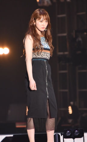 『Rakuten GirlsAward 2019 SPRING/SUMMER』に登場した加藤史帆 (C)ORICON NewS inc.