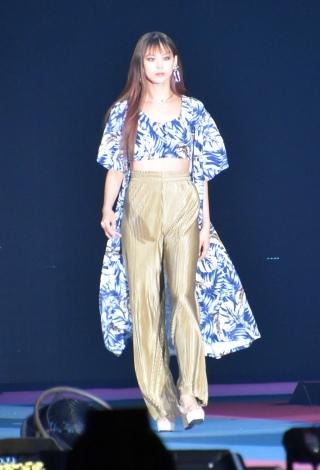 『Rakuten GirlsAward 2019 SPRING/SUMMER』に登場した西内まりや (C)ORICON NewS inc.