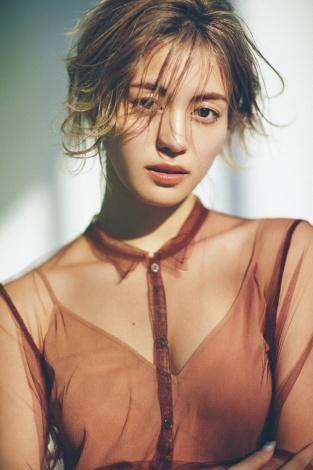 サムネイル 『CanCam』7月号の表紙を飾るE-girls・楓(C)小学館