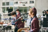 Official髭男dism ギターの小笹大輔 (c)Seiya Uehara
