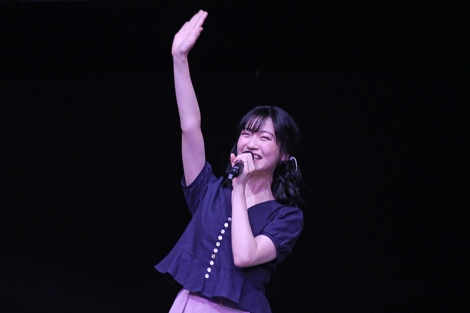 『BanG Dream!』のファンイベントに登場したキャスト陣 (写真:ブシロード提供)