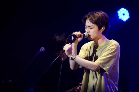 スペシャルイベント『パーフェクトワールド SPECIAL NIGHT』で主題歌「まちがいさがし」を初歌唱した菅田将暉