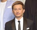 仮面ライダー変身に感無量と思いを語ったDA PUMP・ISSA (C)ORICON NewS inc.