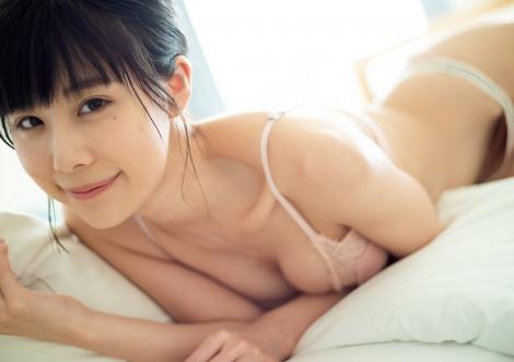 『週刊プレイボーイ』23号に登場した有村藍里(C)藤本和典/週刊プレイボーイ