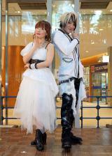 angela・KATSU(右)が結婚を報告