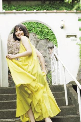 サムネイル 『週刊少年マガジン』26号の表紙を飾った吉岡里帆