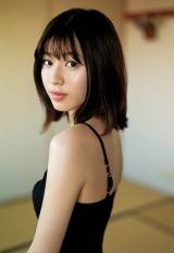 『週刊ヤングジャンプ』26号の表紙を飾った白石聖(C)細居幸次郎/集英社