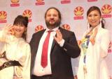 20周年『Japan Expo』の発表会に出席した(左から)大塚愛、トマ・シルデ氏、高橋洋子 (C)ORICON NewS inc.