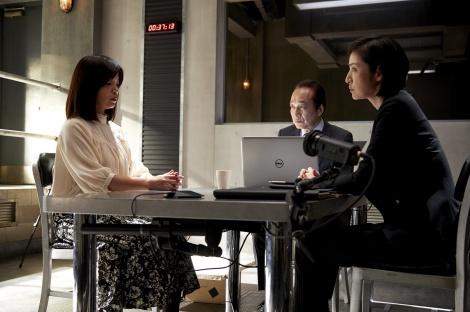30日放送の『緊急取調室』第7話に出演する大久保佳代子、小日向文世、天海祐希 (C)テレビ朝日