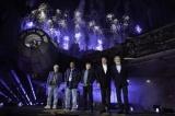 (左から)ジョージ・ルーカス、ビリー・ディー・ウィリアムズ、マーク・ハミル、ボブ・アイガー、ハリソン・フォードが歴史的瞬間をお祝い(C)Disney/Lucasfilm Ltd. (C) & TM Lucasfilm Ltd.