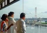 ボートレース江戸川のレース場が一望できる特別観覧席(C)テレビ朝日