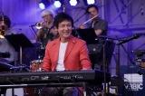 『日比谷音楽祭』2日目の「Hibiya Dream Session 2」に出演した梁邦彦(6月2日=日比谷野外音楽堂)