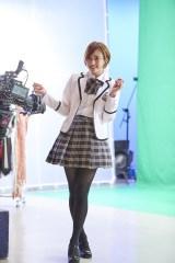 事件の渦中にある会社が手がけるCMに出演する人気アイドル、ユリナを演じる(C)テレビ朝日