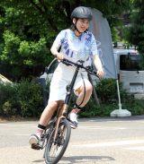 自転車に乗るのん=『次世代プレミアムe-Bike BESV 2019年新モデル』発売記念イベント (C)ORICON NewS inc.