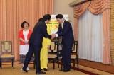 吉本芸人「G20サミット」交通規制総理官邸表敬訪問の様子