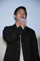 映画『町田くんの世界』公開記念舞台あいさつに出席した太賀