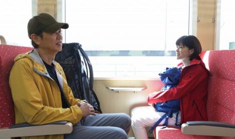 7月8日スタートの『監察医 朝顔』のクランクインを迎えた(左から)時任三郎、上野樹里 (C)フジテレビ