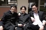 矢本悠馬(中央)と渡辺大知(左)は初共演(C)テレビ朝日