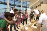 『ぐるぐるナインティナイン』の新企画『おんぶショッピングゴチ』に杉浦太陽&辻希美夫妻らが参戦 (C)日本テレビ